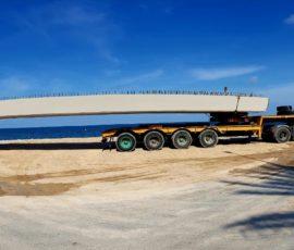 Transporte de vigas para el Puente de Triana sobre el río Gorgos (Xàbia)